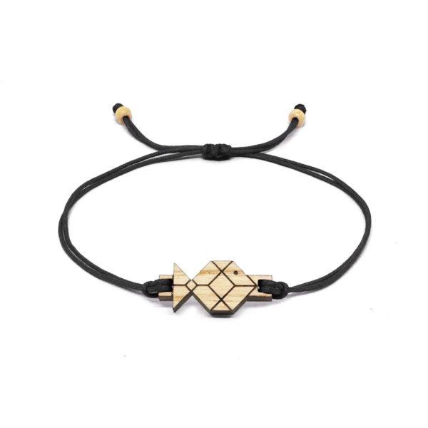 bracelet cordon noir avec pendentif en bois et en forme de poisson origami