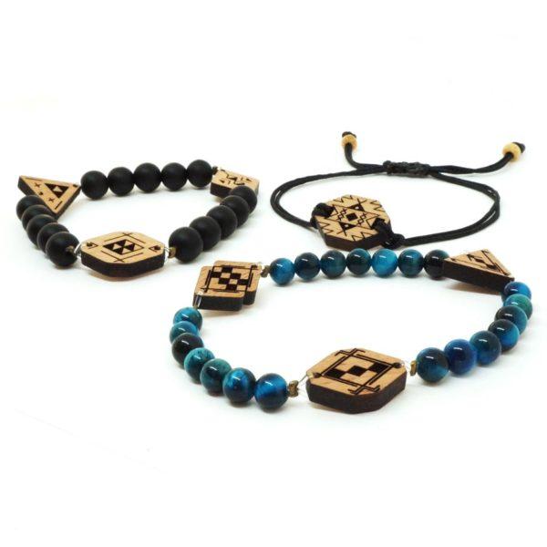 3 bracelet avec perles et pendentifs en bois