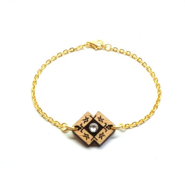 Bracelet avec chaine et pendentif en bois et strass