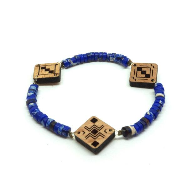 bracelet bleu en pierre et en bois